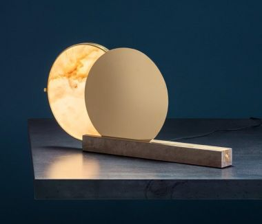 ALCHEMIE T / TABLE LAMP / SHINY BRASS DISC / ALABASTER DIFFU