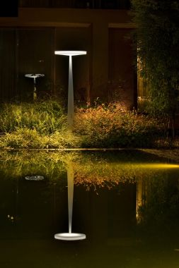 EQUILIBRE F33 OUTDOOR WIT STAANDE LAMP