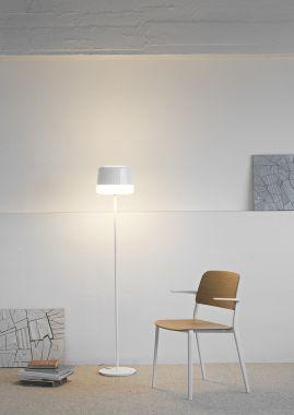 GIFT F10 STAANDE LAMP