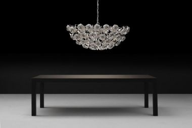 LOVE YOU LOVE YOU NOT CHANDELIER OVAL