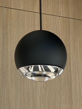 BERRIER 60° TEXTURED BLACK + CHROME - MAINSCORD BLACK